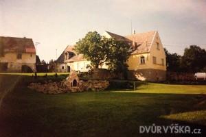 dvur-vyska-historie-5